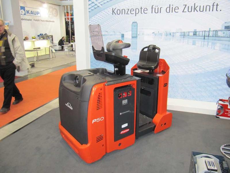 In addition to the display of Selectiva battery charging systems, Fronius was also represented on the Linde stand by the HyLOG project, which uses the Fronius Energy Cell.