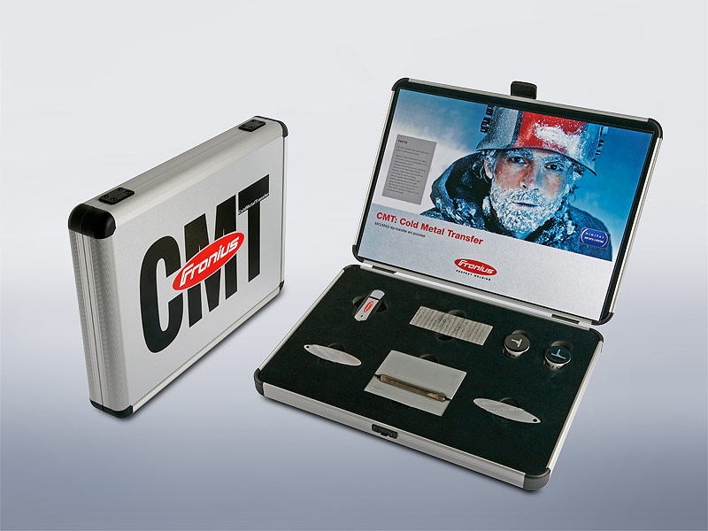 The CMT samples case - a sales tool consisting of various welding samples and a USB stick containing the most important facts and presentations about the CMT process. A very useful tool for any sales team.