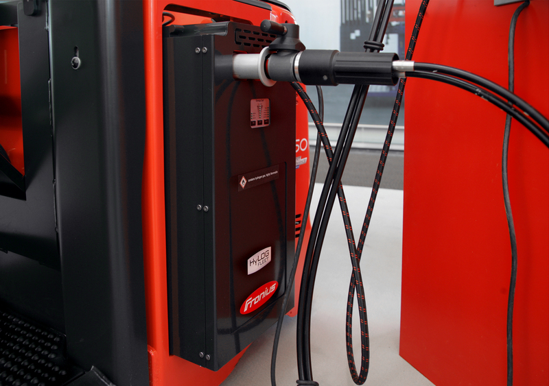 Fronius and Linde MH introduce their joint HyLog-Fleet project